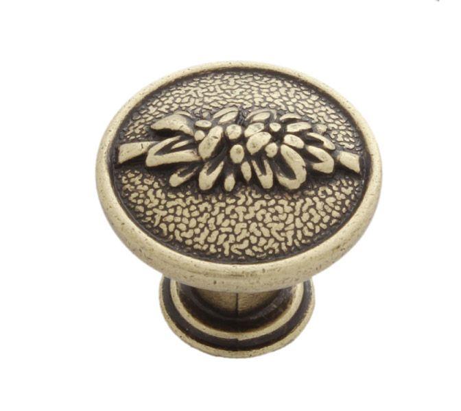 Knopka 27mm staromosaz, rustikální